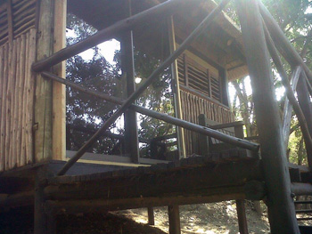 New sliding doors in treehouses 1 and 6
