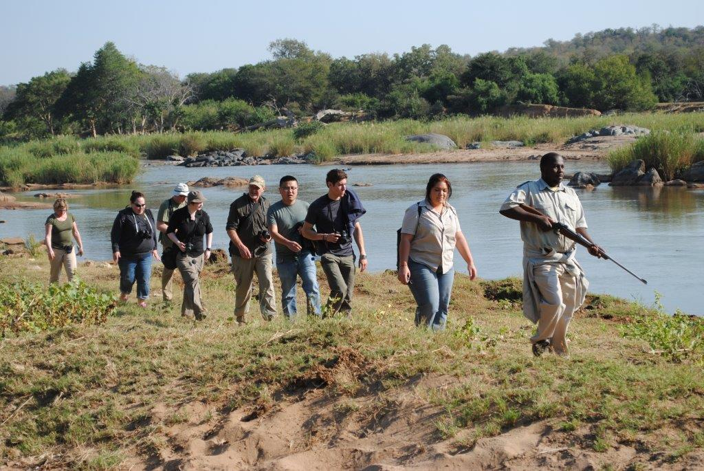 Bongani leads group of guests along Olifants River