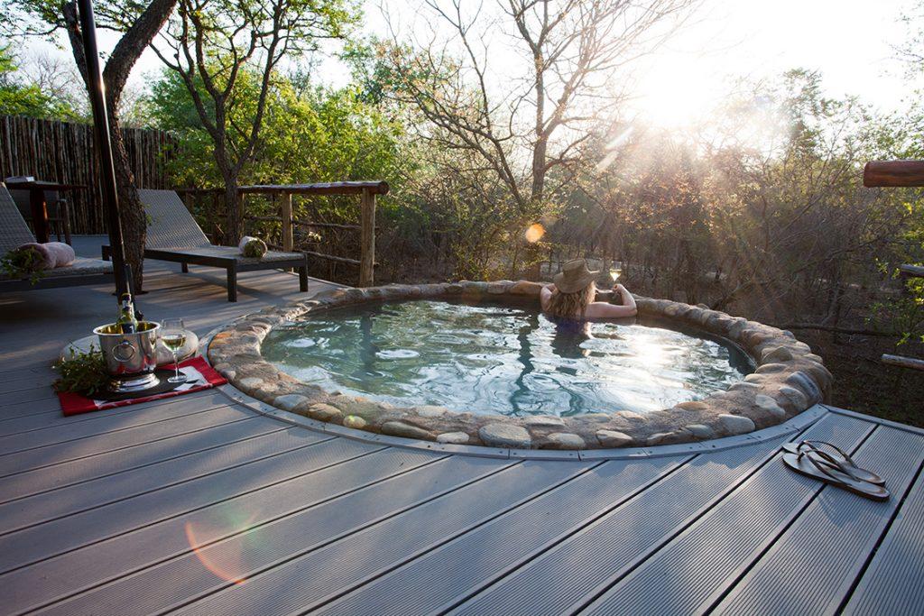 Splash pool at Katekani