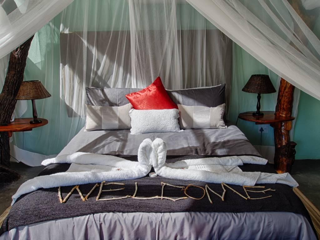 Katekani Tented Lodge Bed
