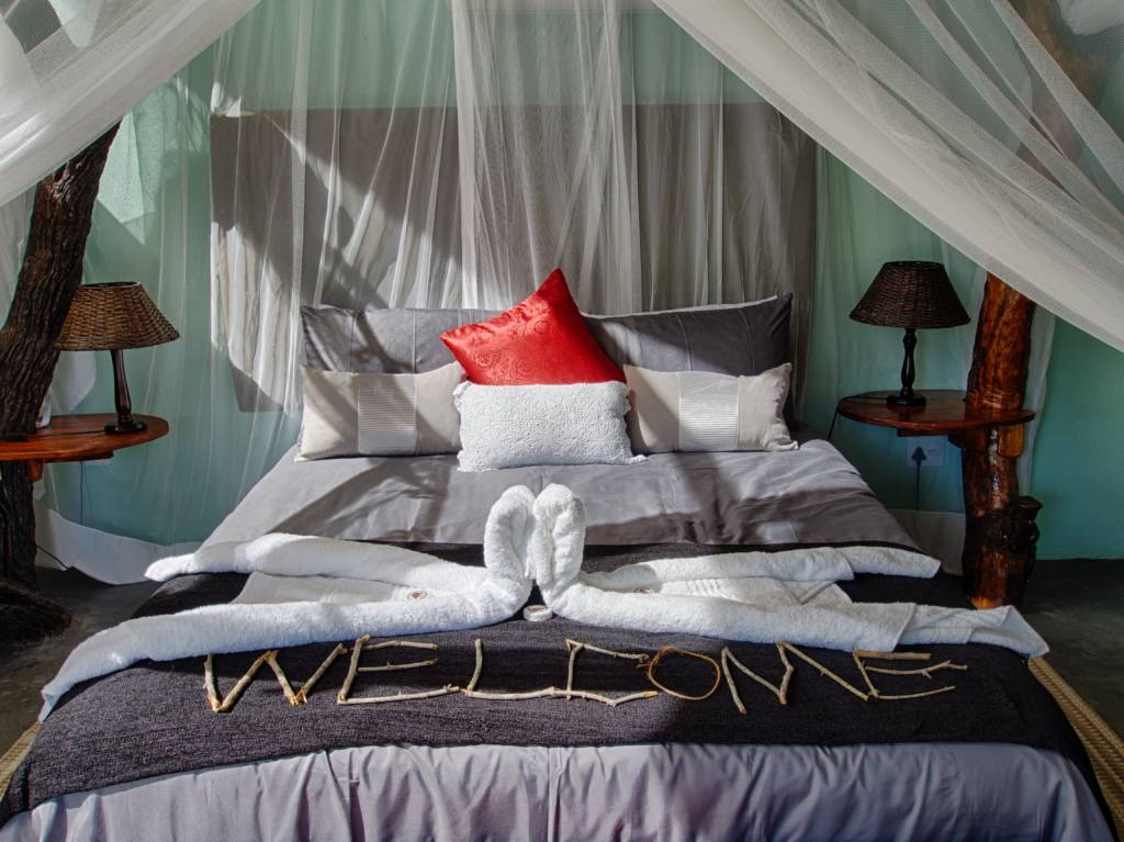 Katekani Tented Lodge Bed