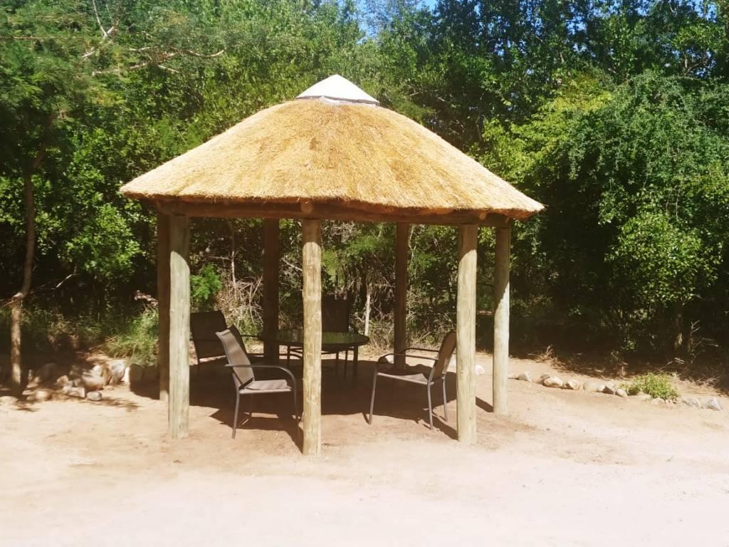 New thatch umbrella at Katekani Lapa
